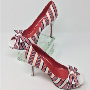 🇺🇸🇺🇸ANNE MICHELLE RED/WHITE/BLUE HEELS🇺🇸🇺🇸